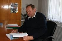 František Tvarůžek (na snímku) musí připravit předčasné volby. V zastupitelstvu mu zůstali jen čtyři lidé.