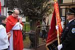 Slavnostní žehnání a přebírání nového praporu u příležitosti 95. výročí založení Sboru dobrovolných hasičů ve valašskomeziříčské části Podlesí-Křivé; sobota 28. září 2019