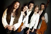Tomáš Kočko & Orchestr vystoupí v neděli 7. dubna 2013 v evangelickém kostele v Rožnově pod Radhoštěm.