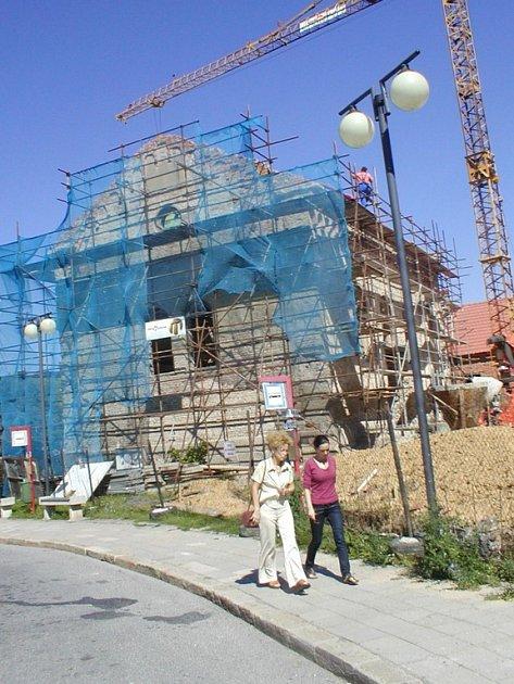 Oprava kaple se protáhne o dva měsíce