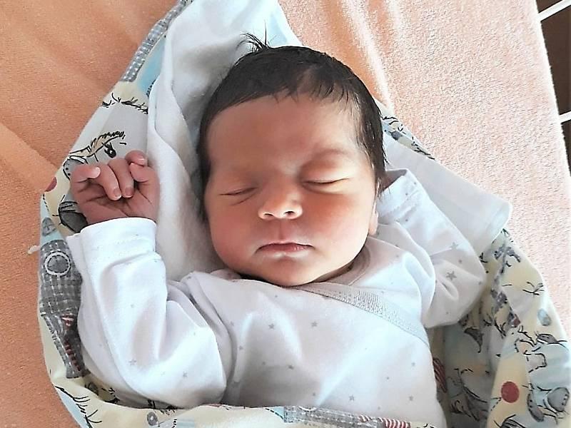 Laura Pajdlová, Kunovice, narozena 12. září 2020 ve Valašském Meziříčí, míra 52 cm, váha 3680 g