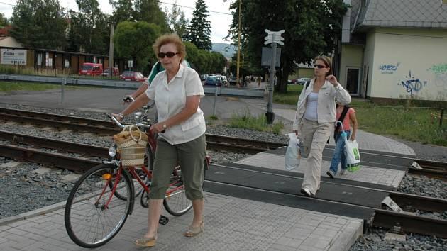 Železniční přejezd v Zámecké ulici