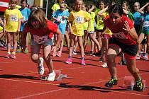 Start běžeckého závodu na Valašských sportovních hrách ve Valašském Meziříčí  (středa 26. června 2019).