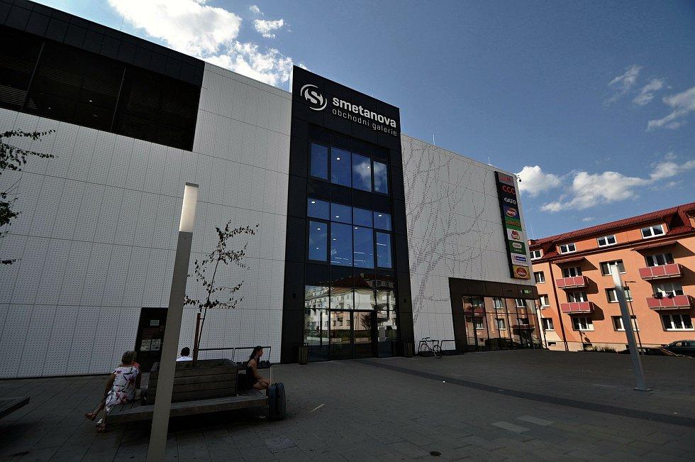 Vsetín - Smetanova obchodní galerie