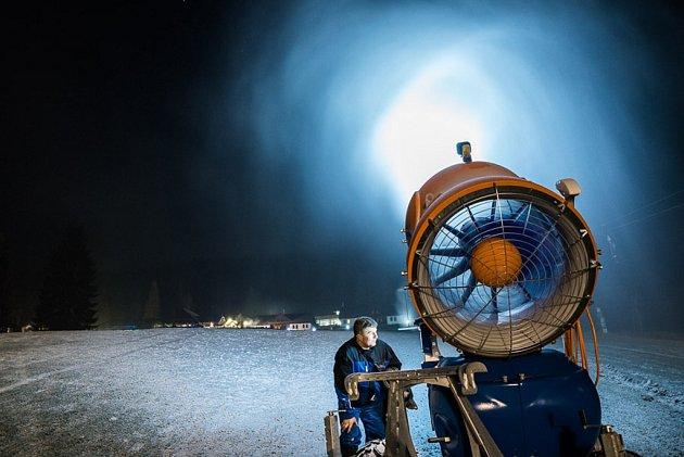 Zasněžování ve Ski areálu Razula.