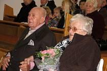 Marta a Josef Večeřovi z Kladerub slavili platinovou svatbu.