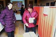 Volili pod hvězdami. Na méně tradičním místě volila část obyvatel Valašského Meziříčí. Své hlasy pro nového prezidenta odevzdávali do hlasovací schránky v místní hvězdárně.