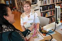 Ve zdravotnickou poradnu se v pondělí 7. dubna 2014 proměnila část hlavního výpůjčního oddělení ve druhém patře Masarykovy veřejné knihovny na Dolním náměstí ve Vsetíně.