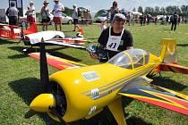 V Poličné na Valašskomeziříčsku se v sobotu 19. července 2014 uskutečnila soutěž pilotů obřích modelů letadel.