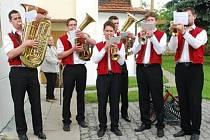 V současnosti se počet členů Polančanky ustavuje. Kompletní dechová hudba bude při dvanácti hudebnících.