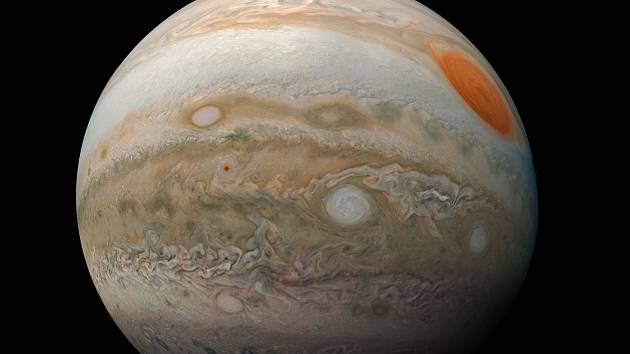 Planeta Jupiter jak ji vidí sonda Juno.