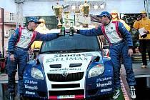Vítězná posádka Valašské rally Pavel Valoušek, Zdeněk Hrůza, na voze Škoda Fabia S2000.