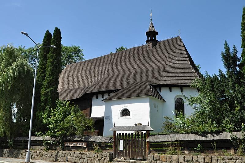 Valašské Meziříčí - kostel Nejsvětější Trojice.