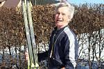 Karlovská 50, která se jela jako jeden ze závodů největšího seriálu zimních běhů na lyžích SkiTour 2019 se vydařila. Na trať dlouhou 25 km se v sobotu 16. února vydal i nestor běžkařského sportu, davasedmdesátiletý Vsetíňan Jan Talaš.