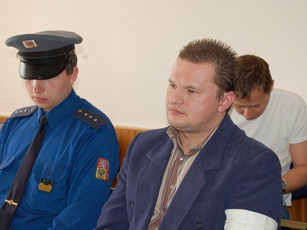 Soud poslal drogového dealera za mříže
