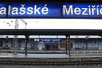 Nádraží ve Valašském Meziříčí v únoru 2020