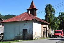 Téměř sto let stará památka – historická budova hasičské zbrojnice ve Zděchově – se v roce 2012 dočká rozsáhlé rekonstrukce