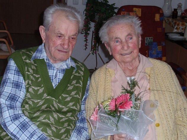 Antonie a František Krédlovi jsou spolu neuvěřitelných 70 let. Jejich recept na šťastné manželství je optimismus a umění odpouštět.