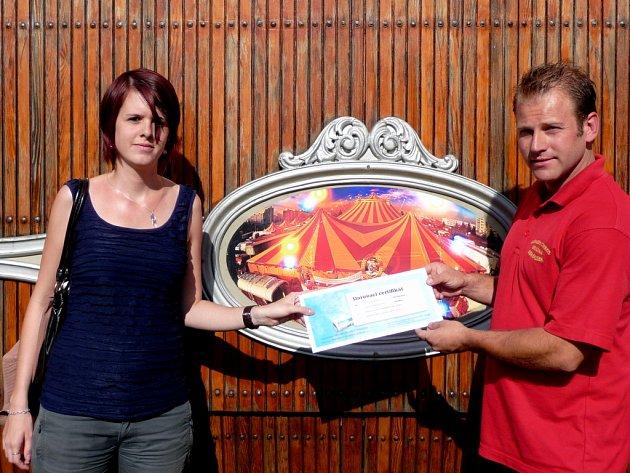 Národní cirkus Berousekvěnoval půlroční celotýdenní předplatné Havlíčkobrodského deníku místní pobočce Centra pro zdravotně postižené Kraje Vysočina.