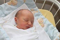 Eliška Seifrtová, Ždírec nad Doubravou, 15. 01. 2012, 2450 g