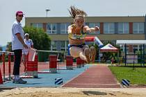Juniorka Klára Bažoutová skončila druhá na mistrovství republiky v atletickém sedmiboji.