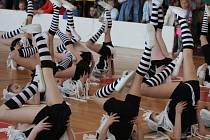 Taneční pokroky ukázala v sobotu na Přibyslavském pantoflíčku děvčata z místní školní družiny.