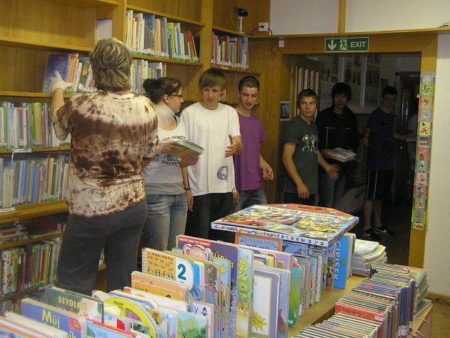 Velké stěhování se konalo v Krajské knihovně Vysočiny v Havlíčkově Brodě.