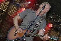 Jednou z hudebních hvězd, která se v minulých letech na Reji svatojánské noci pod lipnickým hradem představila, byl také populární český zpěvák David Koller.