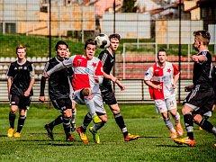 Sympatický výkon předvedli ligoví dorostenci brodského Slovanu na hřišti Frýdku-Místku, kde sice prohráli 2:0, ale hráči ročníku 99 ukázali, že na nich lze v budoucnu stavět.