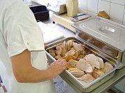 Jídlo z nemocniční kuchyně v Brodě bude podle vedení domova důchodců pestré a kvalitní.