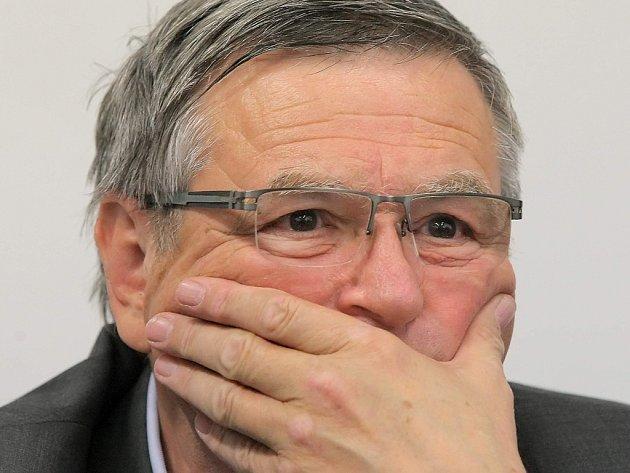 Lídr vítězné ČSSD, nestraník Jiří Běhounek, nejspíš zůstane hejtmanem.