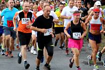 Pořadatelé očekávají, že se letos na start závodu postaví rekordní počet běžců. Vloni to bylo 373 závodníků v hlavním závodě a na 130 dětí.