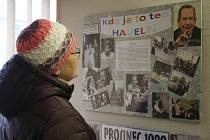 Odhalení pomníku obětem komunismu a vernisáž výstavy Psal se rok 1989 v Přibyslavi.