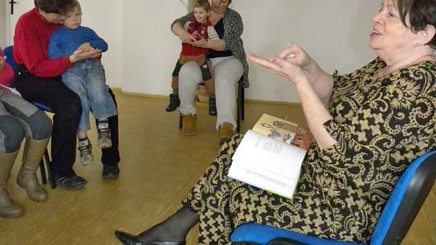 Autorské čtení spisovatelky Elišky Polanecké v Rozsochatci.
