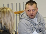 Vlastislav Růžička. K soudu ho dovedla eskorta.