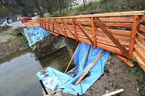 Most v Ronově loni na podzim