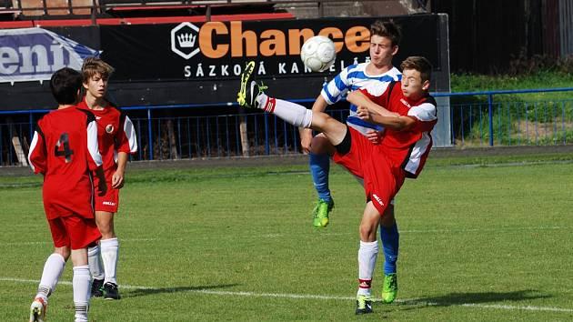 Kvalitní výkony podali ligoví žáci Slovanu proti Znojmu a Kroměříži. Nejvíce se dařilo kategorii U14, která Znojmo porazila 4:0 a U13 jež porazila Kroměříž vysoko 11:3.