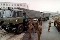 Mezi státy putovaly na konci roku 1992 dlouhé kolony vojenské techniky a stěhovaly se i celé rodiny.