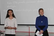 Tým Kvartánek z Gymnázia Pelhřimov v soutěži prezentoval svou vizi dobrého školství. V něm by se studenti učili fakta v širších souvislostech.