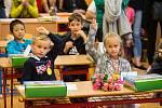 Vítání prvňáčků v Základní škole V Sadech v Havlíčkově Brodě.