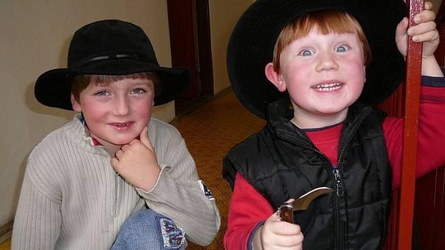 Jáchym Bárta (vpravo) s bráškou Samuelem.
