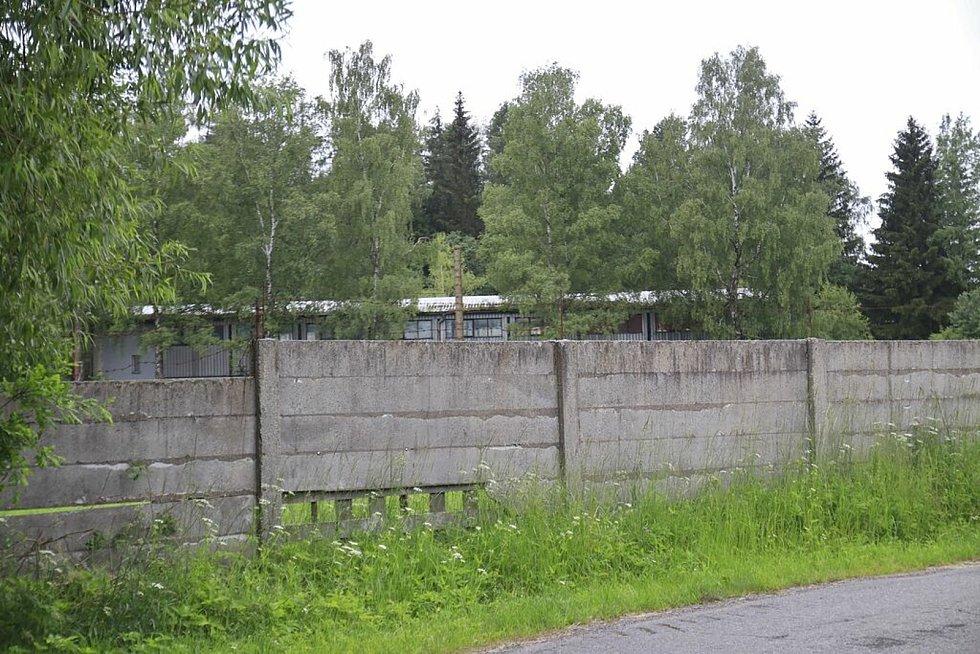 Areál opustila armáda v roce 2005.