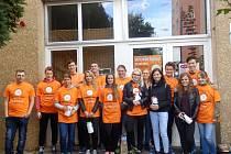 Sbírka proběhla díky pomoci studentů.