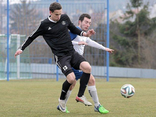 O výhru Havlíčkova Brodu se postaral Matěj Vopršal (v popředí), který vstřelil Bystřici oba góly. Slovan si tak připsal první jarní vítězství.