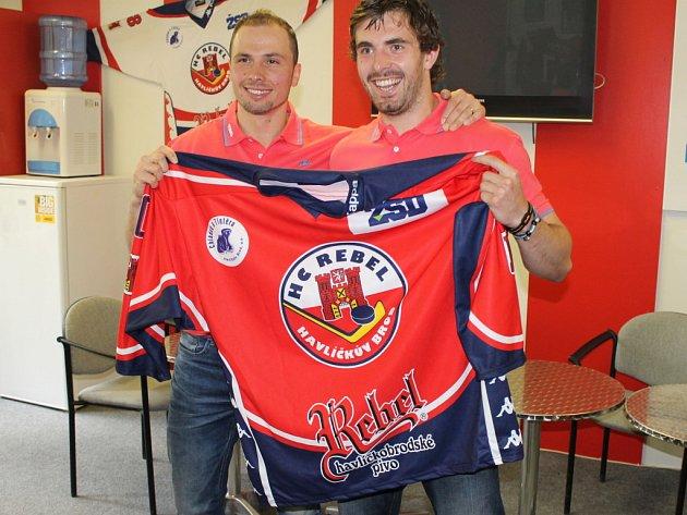 Miroslav Třetina (vlevo) a Lukáš Endál se vrací po roce do Kotliny.