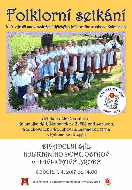 Dětský folklorní soubor Kalamajka slaví desáté výročí svého znovuzaložení.