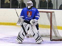 Návrat zažívá hokejový gólman Jiří Zvolánek, který se do Kotliny vrací ze Světlé.