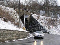 Mostní konstrukci nad silnicí II/150 směrem na Havlíčkův Brod čeká letos rekonstrukce.