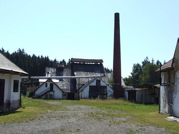 Sklářská huť v Tasicích na Ledečsku patří knejstarším v Evropě.