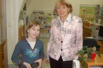 Jana Fischerová splnila přání Tereze Myslivcové, která si chtěla na vlastní kůži vyzkoušet, co vlastně obnáší funkce starostky.